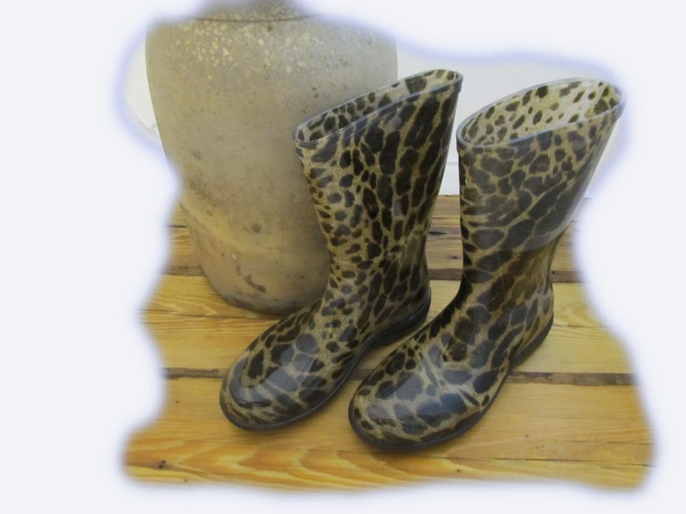 slogger rain boots leopard