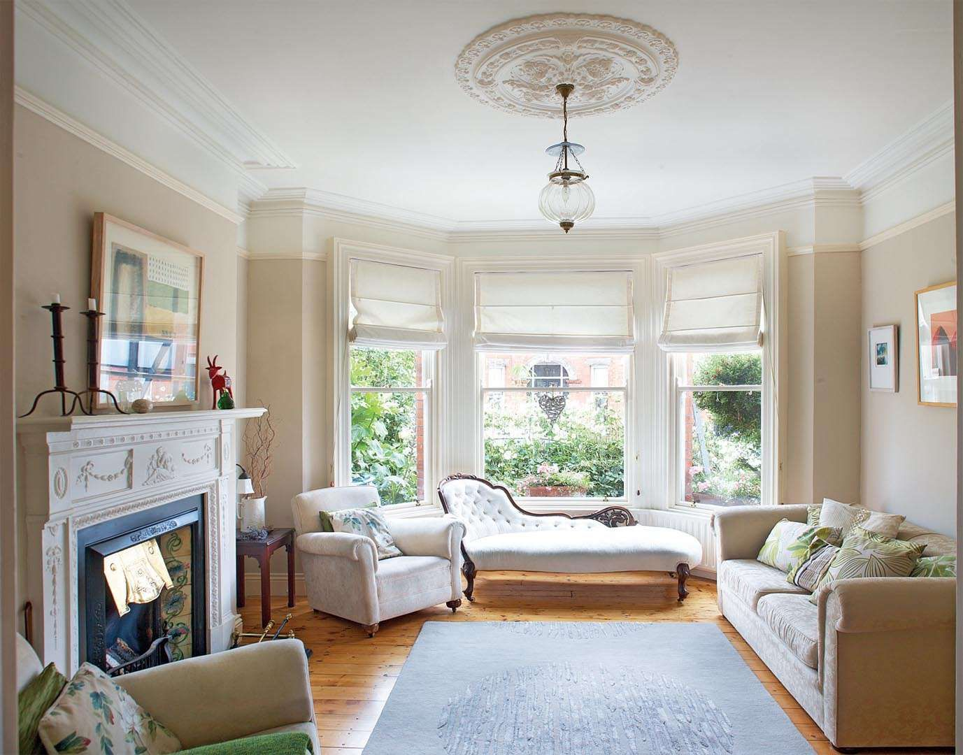 Renovating a Victorian townhouse | Real Homes. That couch | Home ...