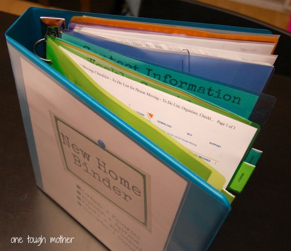 Home Binder With Free Printables .. She Uses This For The