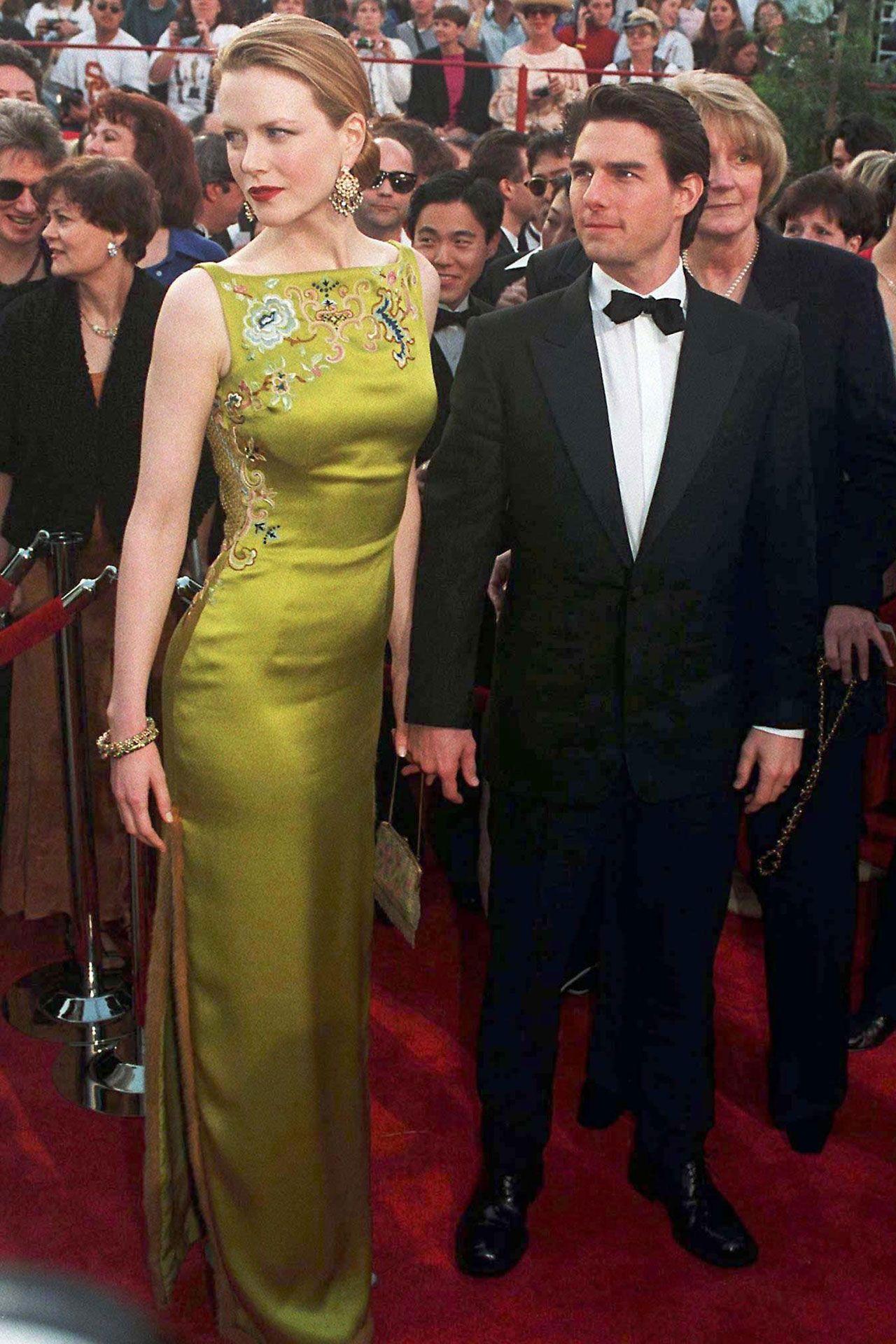 Most Memorable Oscar Jewels Of All Time Best Oscar Dresses Most Expensive Dress Oscars Red Carpet Dresses