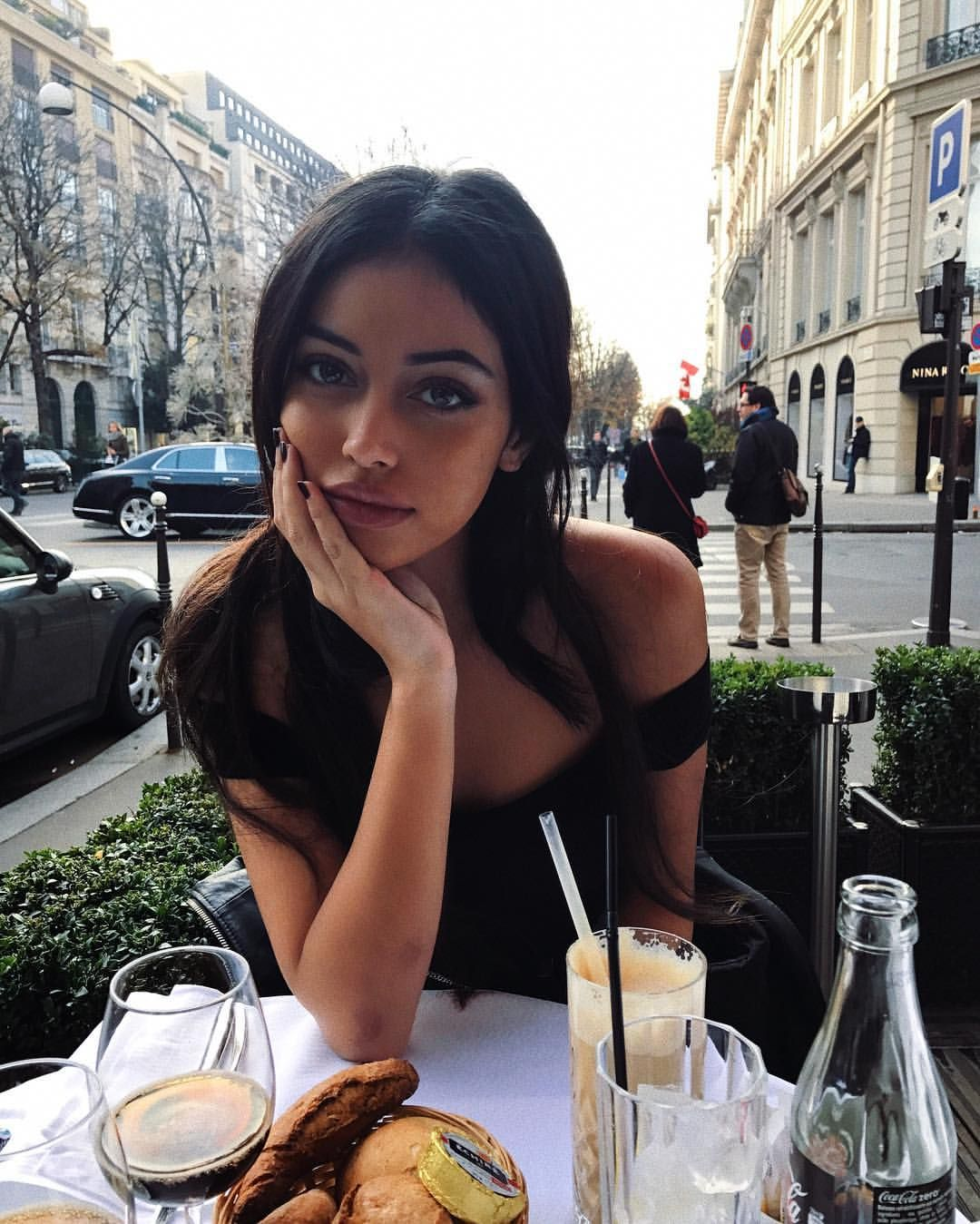 Pin by lilly on snapshot | Instagram pose, Cindy kimberly