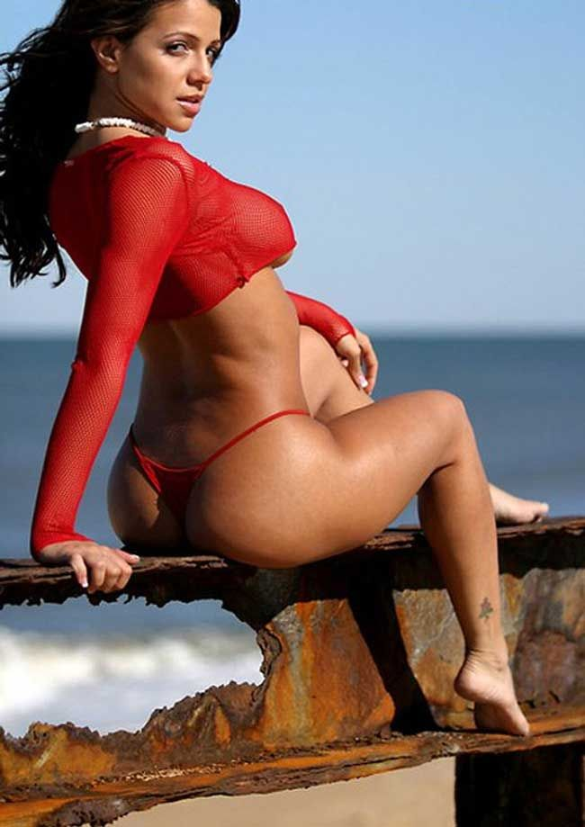 50 Photos That Prove Cuban Beauty Vida Guerra Has The Best Butt On Planet  Earth