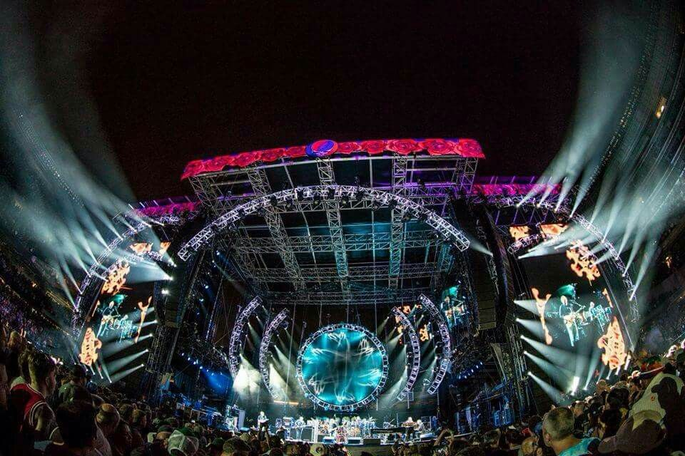 Grateful Dead Too Big To Fail at Fare Thee Well Chicago Concert Review | Billboard