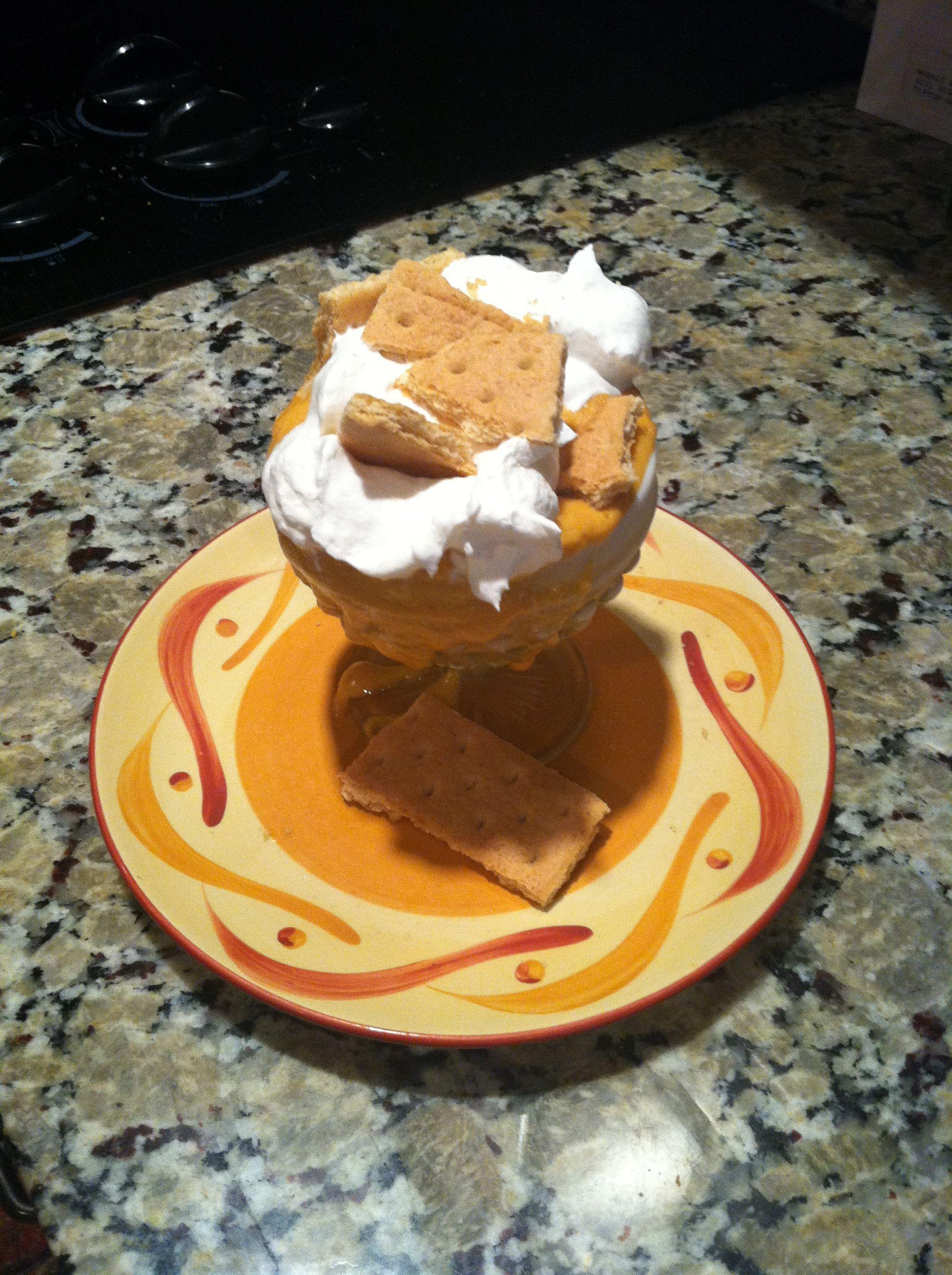 100 calorie pumpkin dessert: add a can of pumpkin, 1/4 cup cottage
