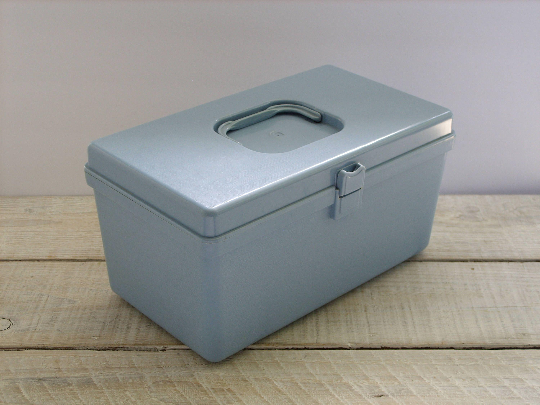 Vintage Wil-Hold Plastic Sewing Storage Box ~ Medium Size Blue Craft Thread Organizer Container & Vintage Wil-Hold Plastic Sewing Storage Box ~ Medium Size Blue Craft ...