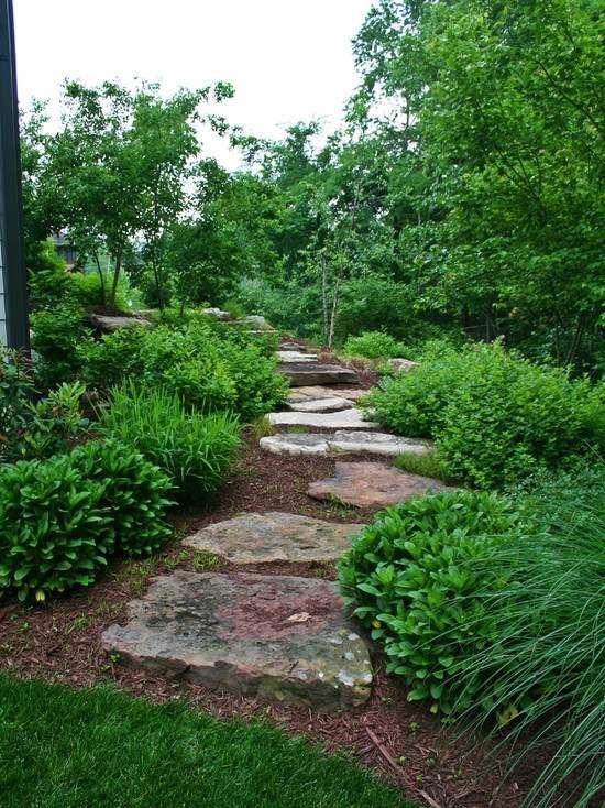 romantischer gartenpfad-steine verlegen-ideen gestaltung   Garten ...