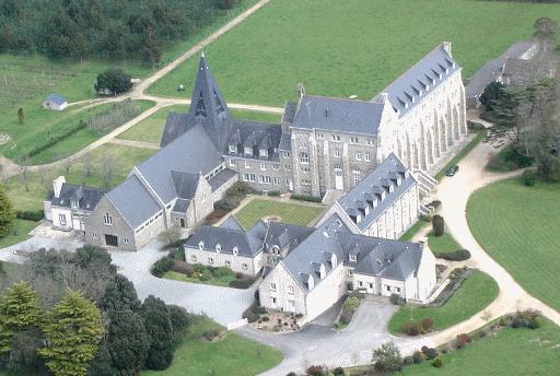 https://www.google.com/search?q=Kergonan abbey