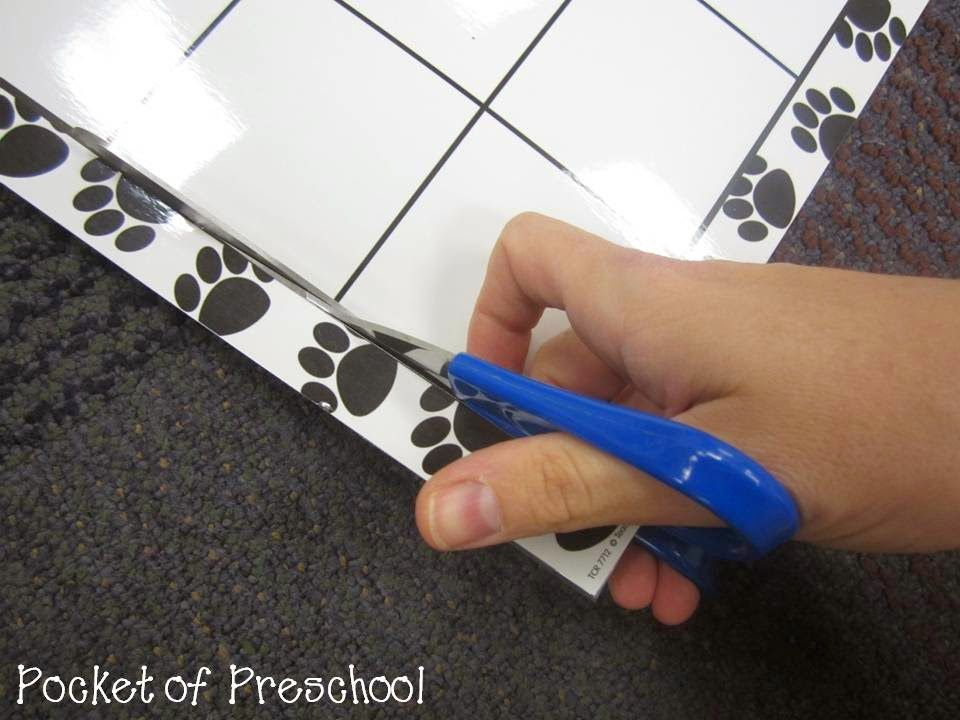 How to Make and Implement a Linear Calendar Pocket of Preschool
