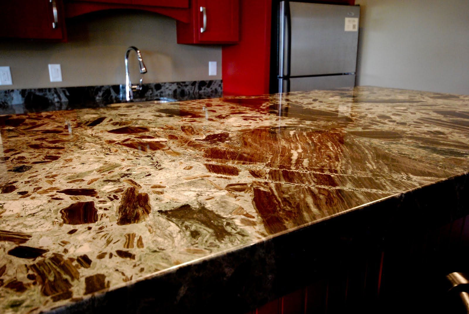 Merveilleux PETRIFIED WOOD BY CAESAR STONE. Amazing What They Can Do These Days! |  Styling Beautiful Houses | Pinterest | Petrified Wood, Woods And Wood  Countertops.