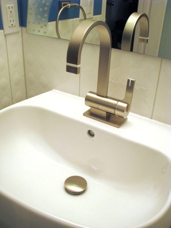 Exceptionnel Rubinet R10 Faucet On Kohler Cimarron Pedestal Sink