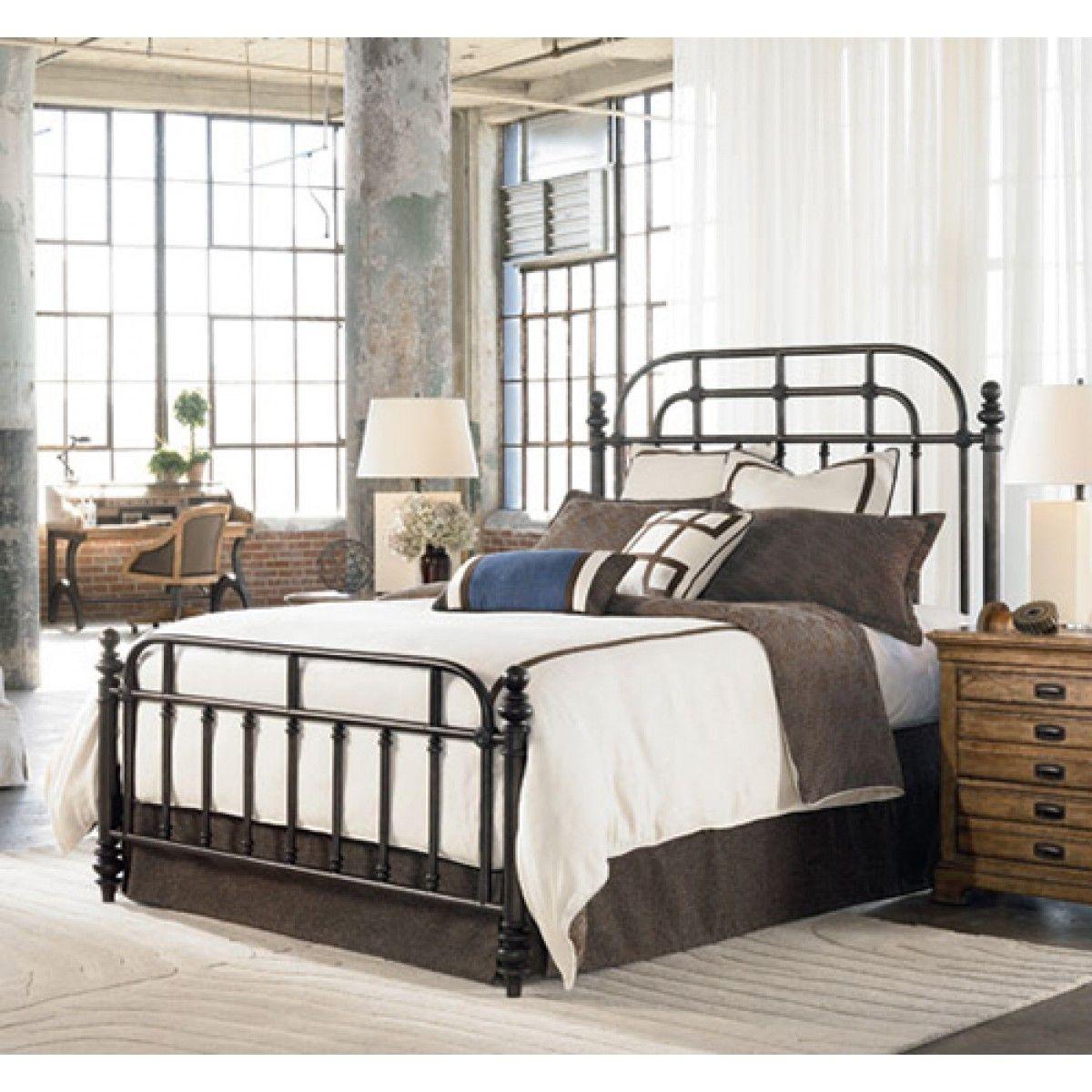 Thomasville Pullman metal bed 5/0 Model home furnishings