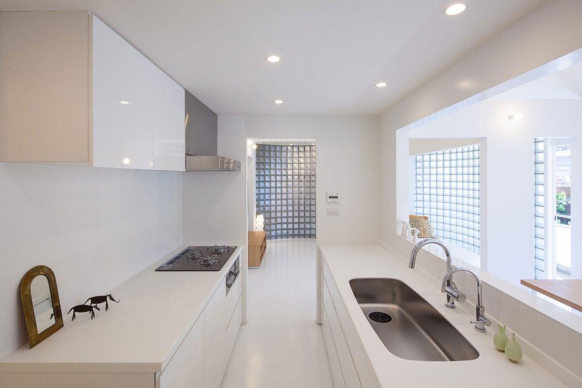 minimalist-white-japanese-kitchen - Home Decorating Trends - Homedit ...