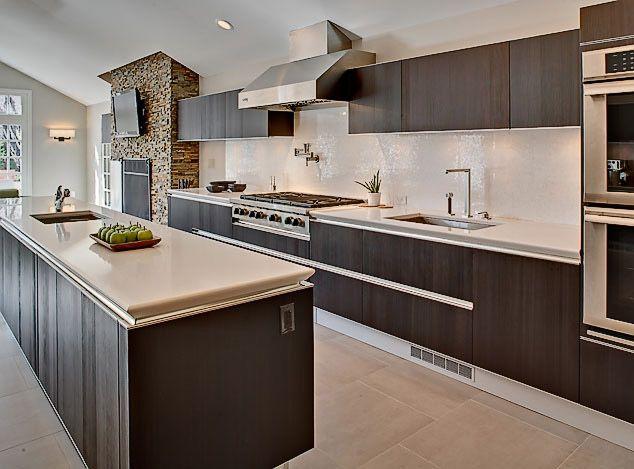 New Jersey residence featuring tuxedo style italian