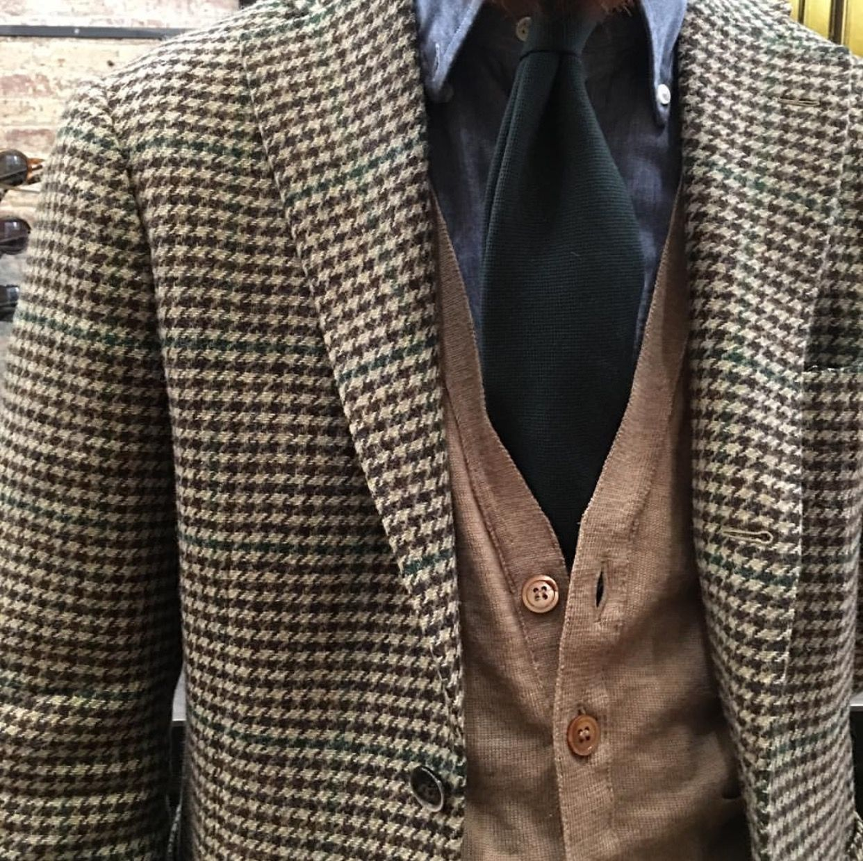 Tweed jacket #Elegance #Fashion #Menfashion #Menstyle #Luxury #Dapper #Class #Sartorial #Style #Lookcool #Trendy #Bespoke #Dandy #Classy #Awesome #Amazing #Tailoring #Stylishmen #Gentlemanstyle #Gent #Outfit #TimelessElegance #Charming #Apparel #Clothing #Elegant #Instafashion
