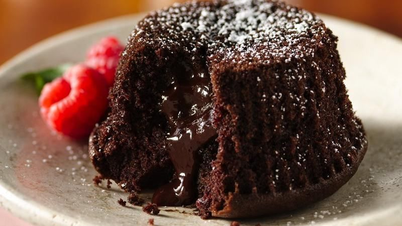 Easy chocolate molten lava cakes recipe
