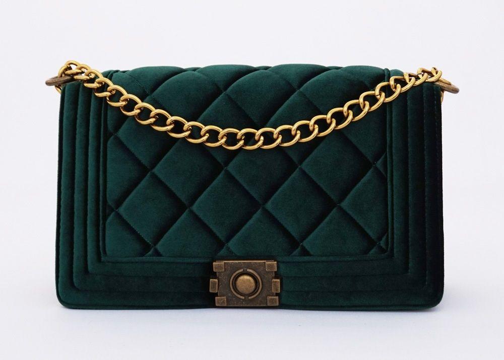 Marry-Ann Korean Bag, elegan mewah. Tali rantai panjang bisa dipendekkan. Beludru tebal good quality. Warna hijau. Uk 30x10x17