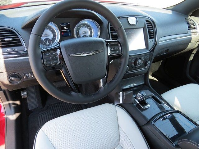 2014 Chrysler 300 Uptown Edition Look At Those Beautiful Seats