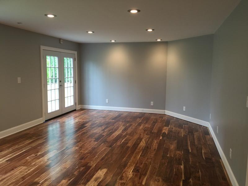 Acacia has a vintage style handscraped texture homeowners for Tobacco road acacia wood flooring