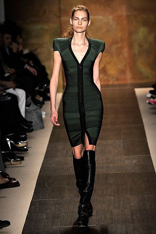 Hervé Léger by Max Azria Fall 2009 Ready-to-Wear Collection Slideshow on Style.com