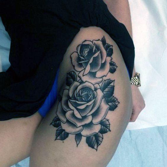 Tatuaże Damskie Piękne Róże Na Biodrze Tattoos