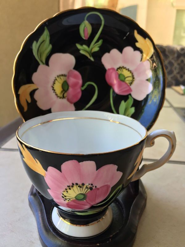Vintage Tuscan Fine Bone China Tea Cup And Saucer Black With Pink Flowers Uk Tuscan Bone China Tea Cups Tea Cups Porcelain Tea Set