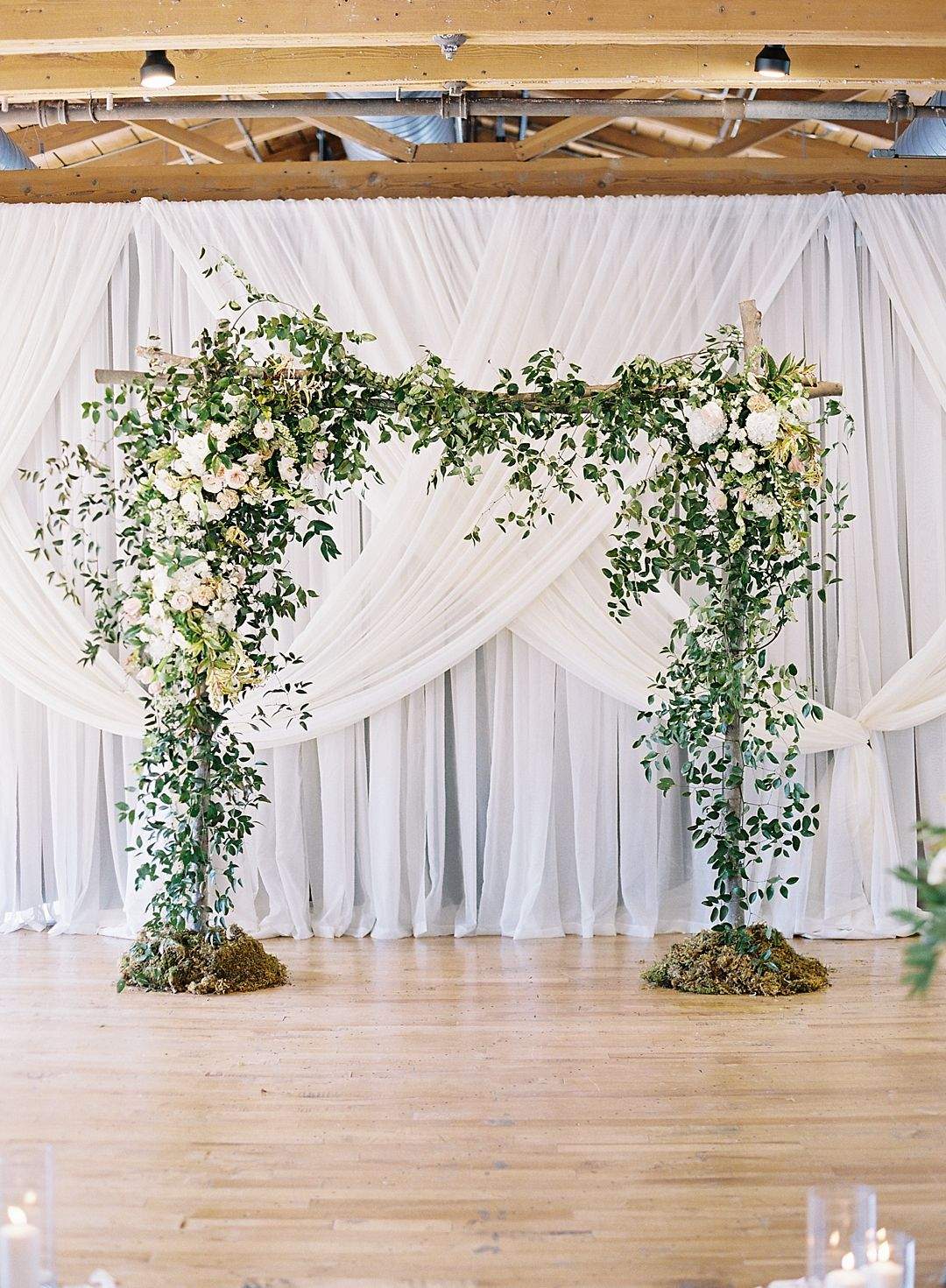 Love this for an indoor ceremony chris isham photography wonderful greenery wedding backdrop ideas also rh pinterest