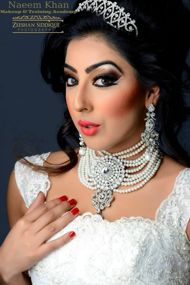 Bridal makeup by Naeem Khan photography by Zeeshan siddique