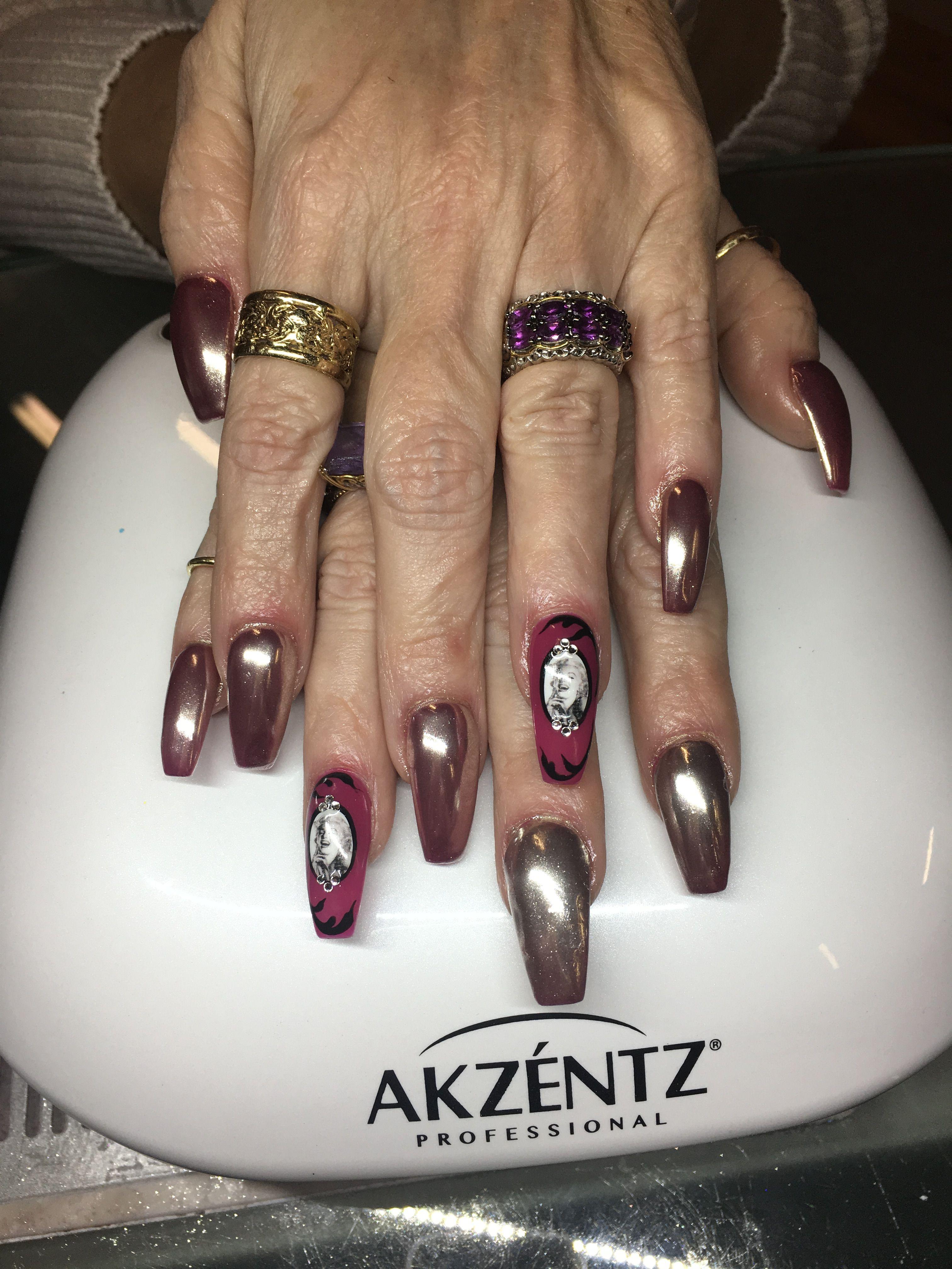 Chrome nails & Marilyn Monroe   Nails   Pinterest