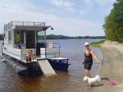 house boat pictures | Homemade Houseboats - enjoying a great