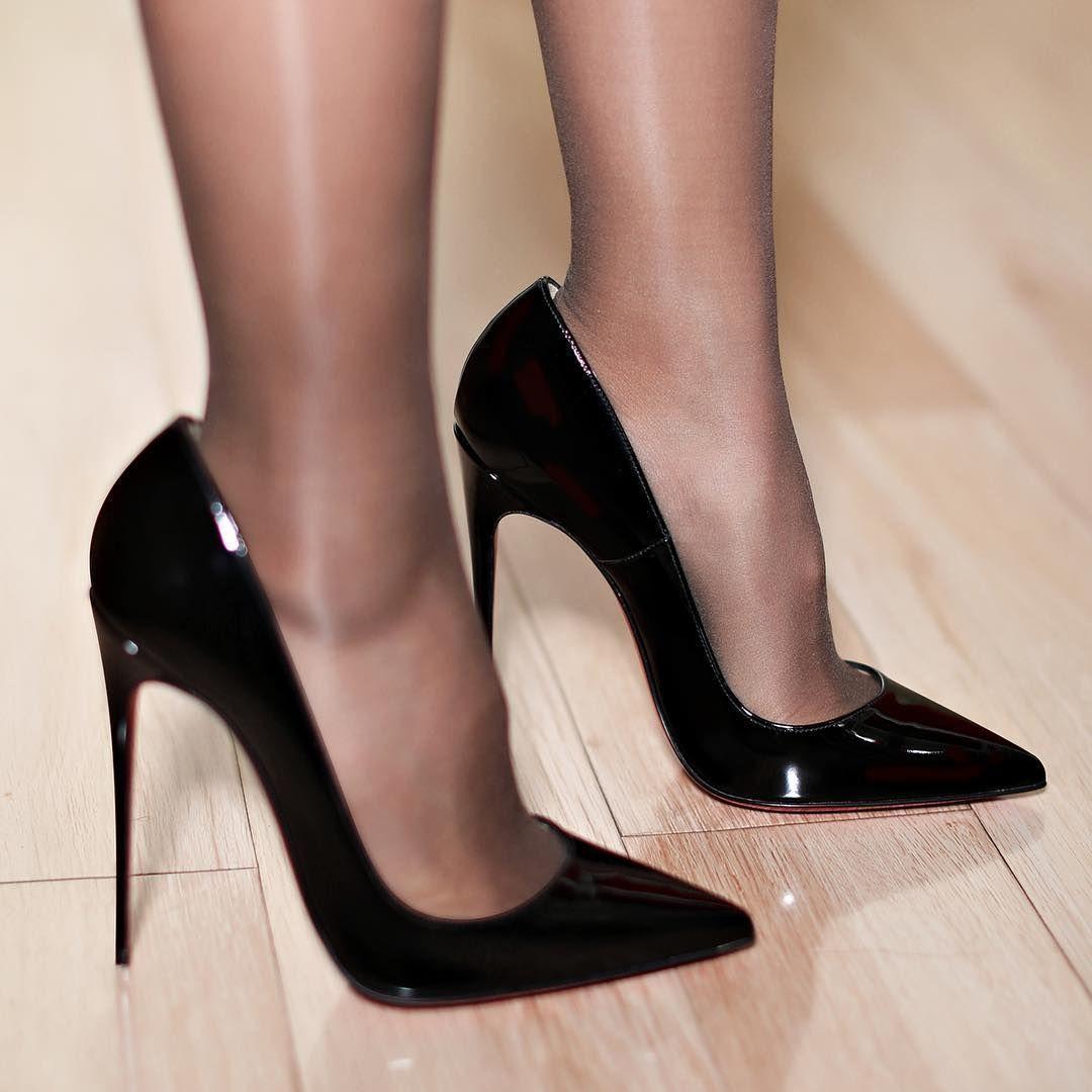 #Stilettoheels   Calzado in 2019   Zapatos louboutin ...
