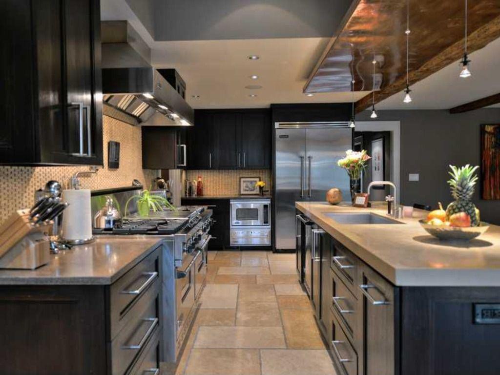 Very angular modern kitchen 1024 x 768 kitchens and modern for Very modern kitchens