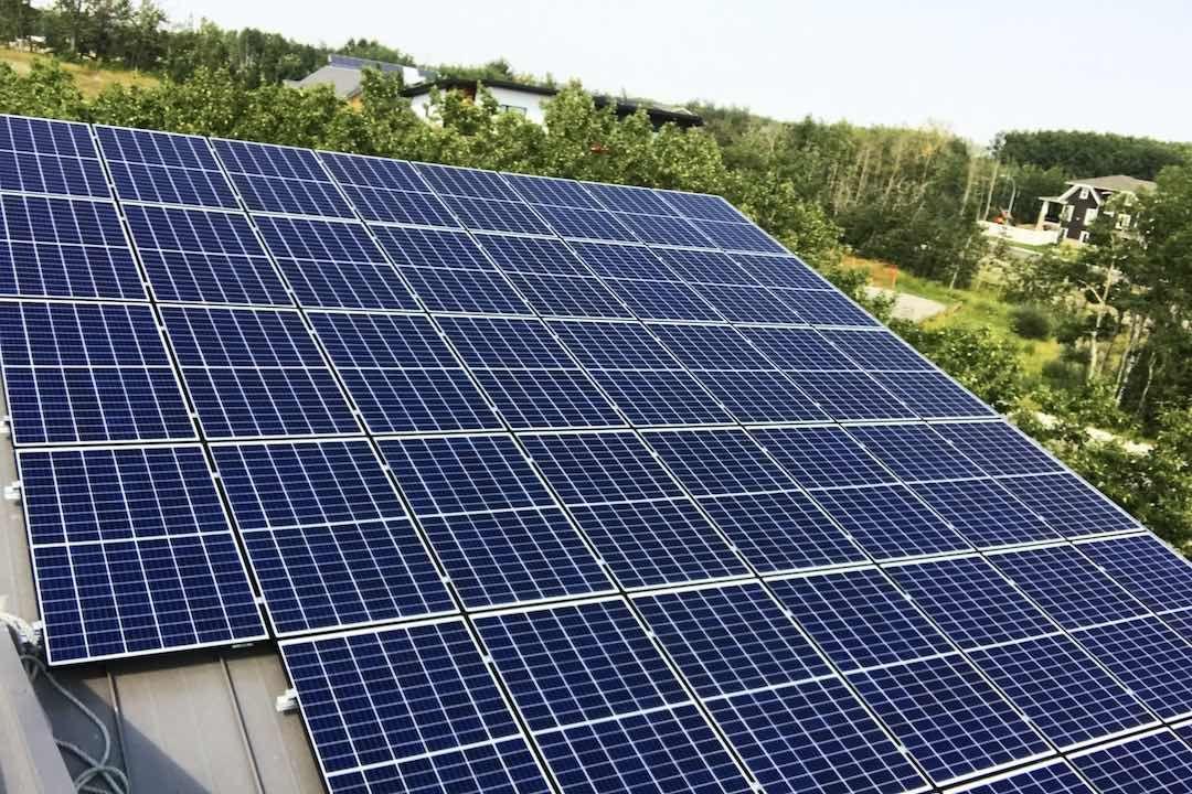Pv Solar Panels Calgary Pv Solar Systems Calgary Solar Pv Panel Solar Solar Pv