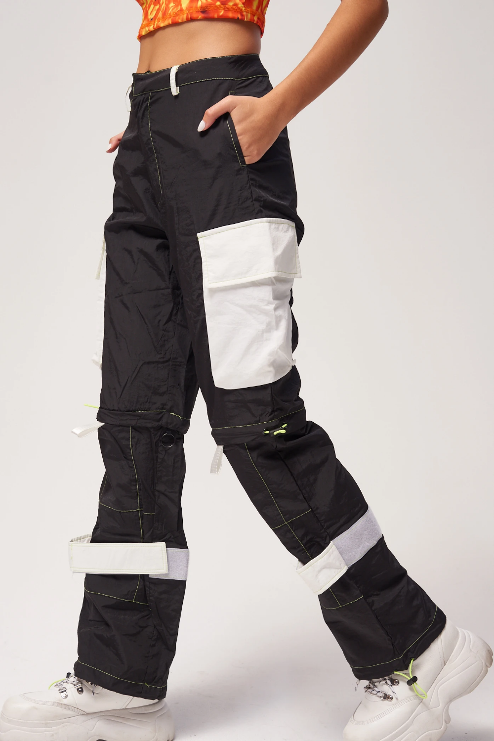 Black Oversized Cargo Trousers With Neon Stitching Jaded London Cargo Trousers Cargo Pants Outfit Black Cargo Pants