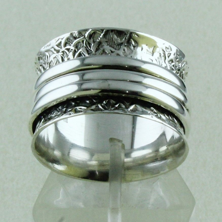 Indian Traditional Plain Spinning Designer Ring_Hand Made 925 Sterling Siver #SilvexImagesIndiaPvtLtd #Memorial
