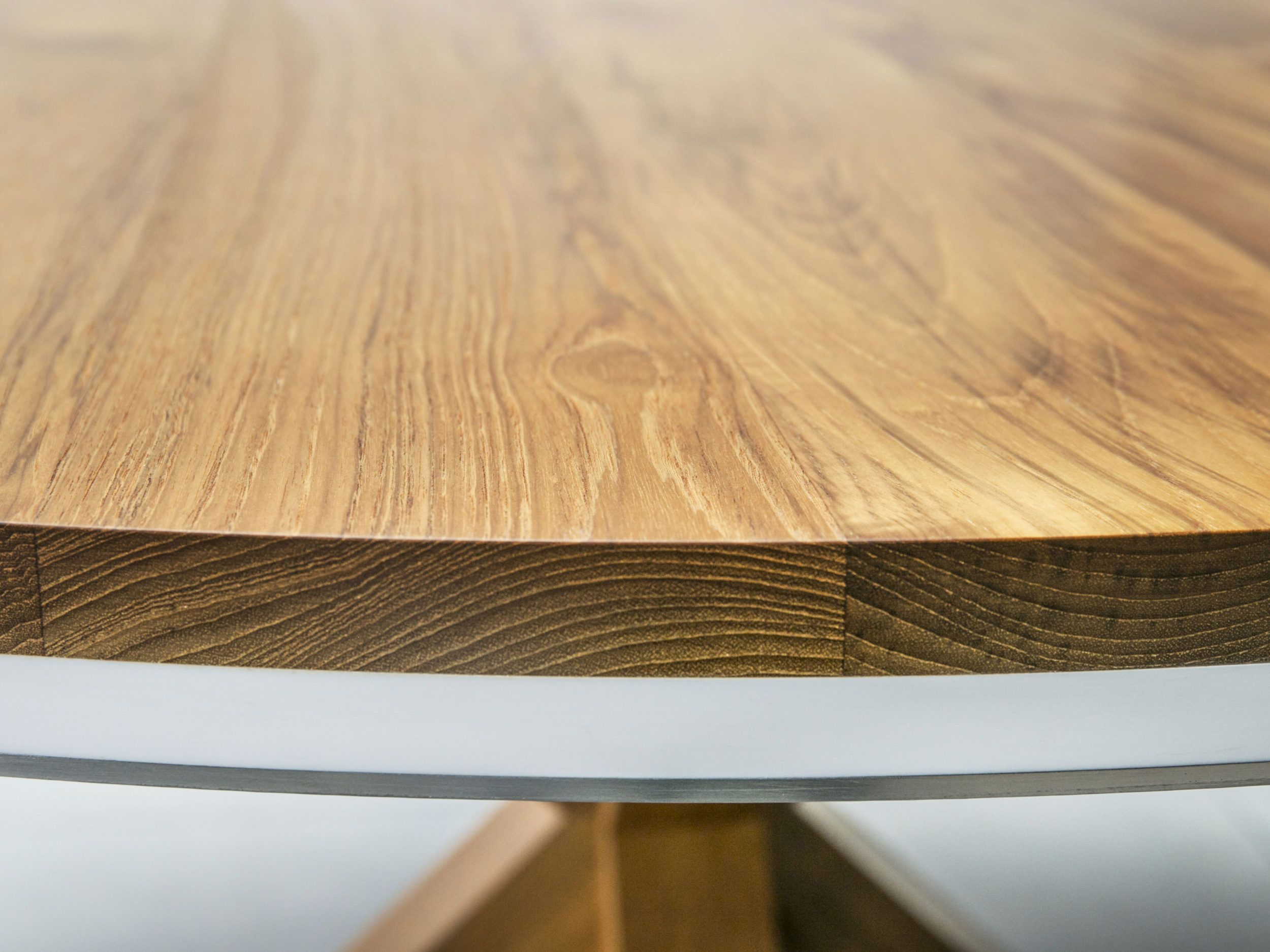 X Table St James Interiors Round Dining Table Teak Worktop