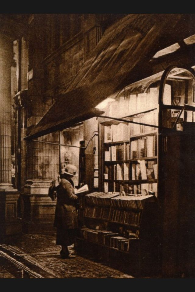 """""""Wet Winter Evening and a Book Lover in Bloomsbury"""" Sicilian Avenue (off Southampton Row), London 1920"""