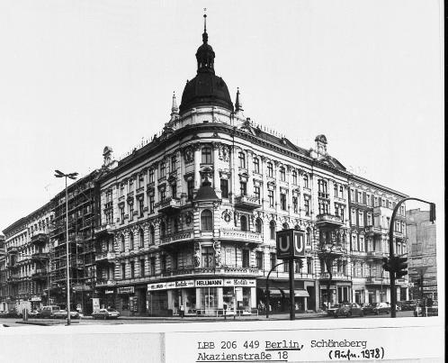 Ecke Grunewaldstr Akazienstr Berlin Schoneberg Schoneberg Berlin Leben In Berlin
