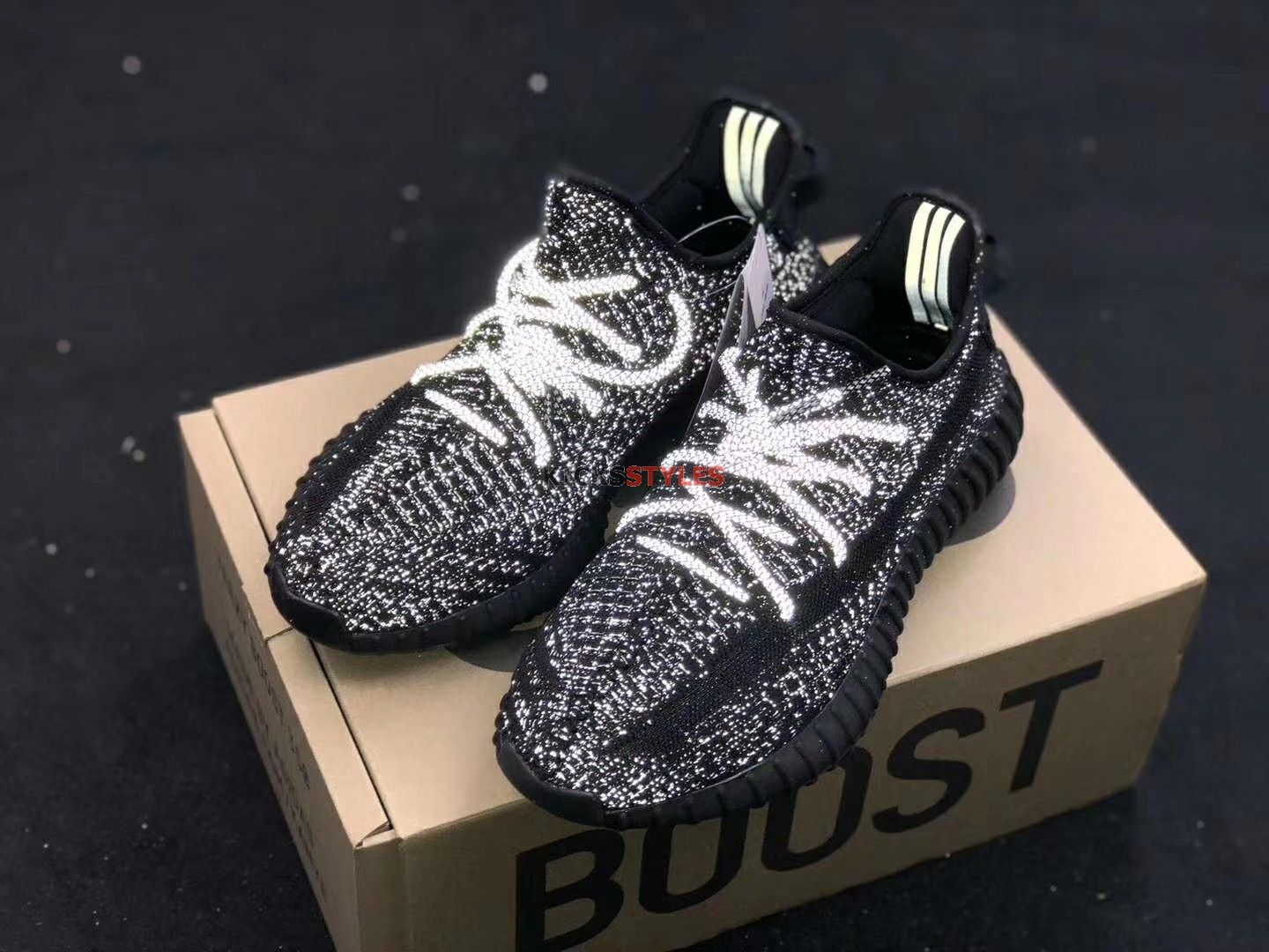 adidas YEEZY BOOST 350 V2 Static & Reflective Hypebeast