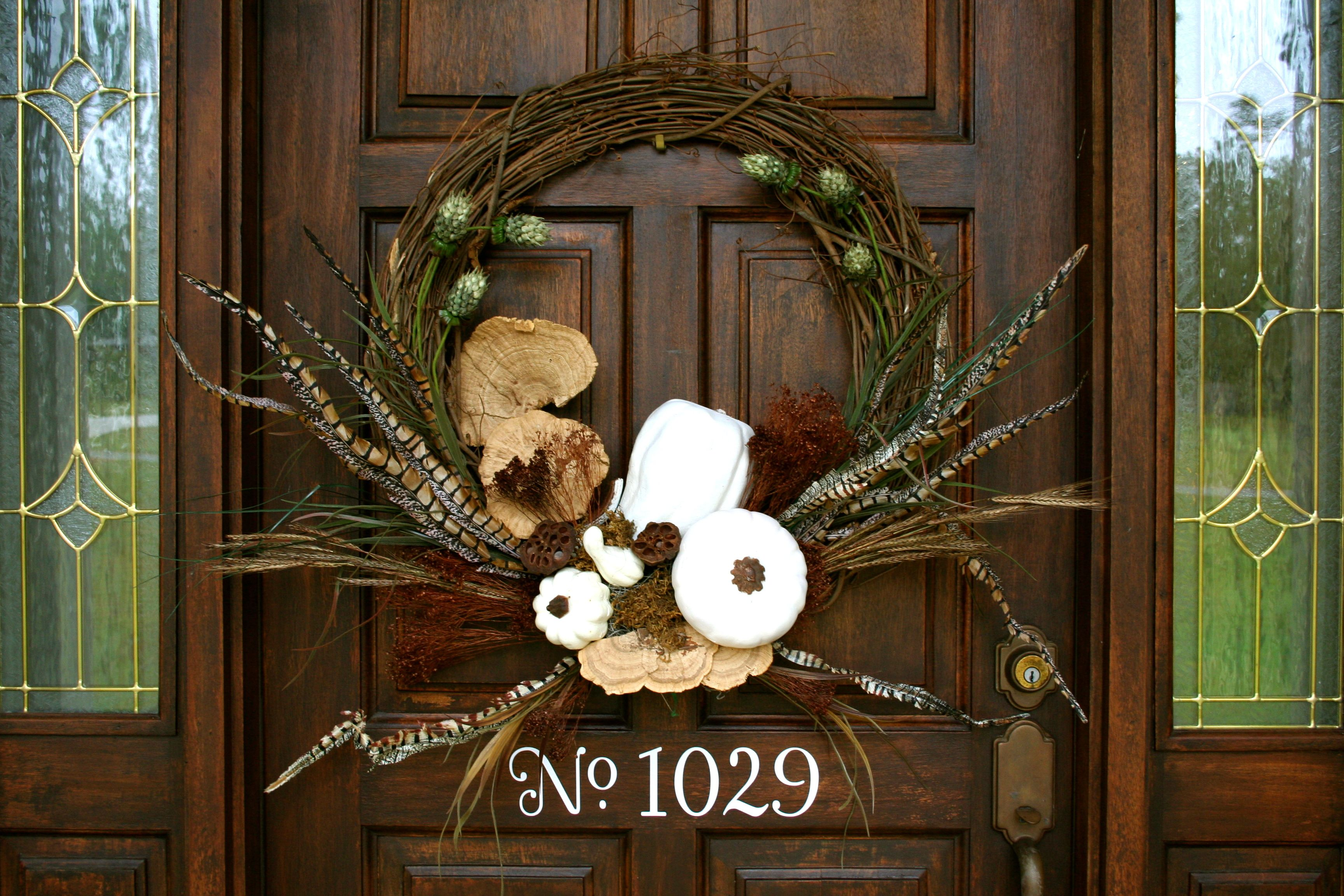 How to Make a Natural Wreath Wood front doors, Front door entry - Front Door Halloween Decoration Ideas