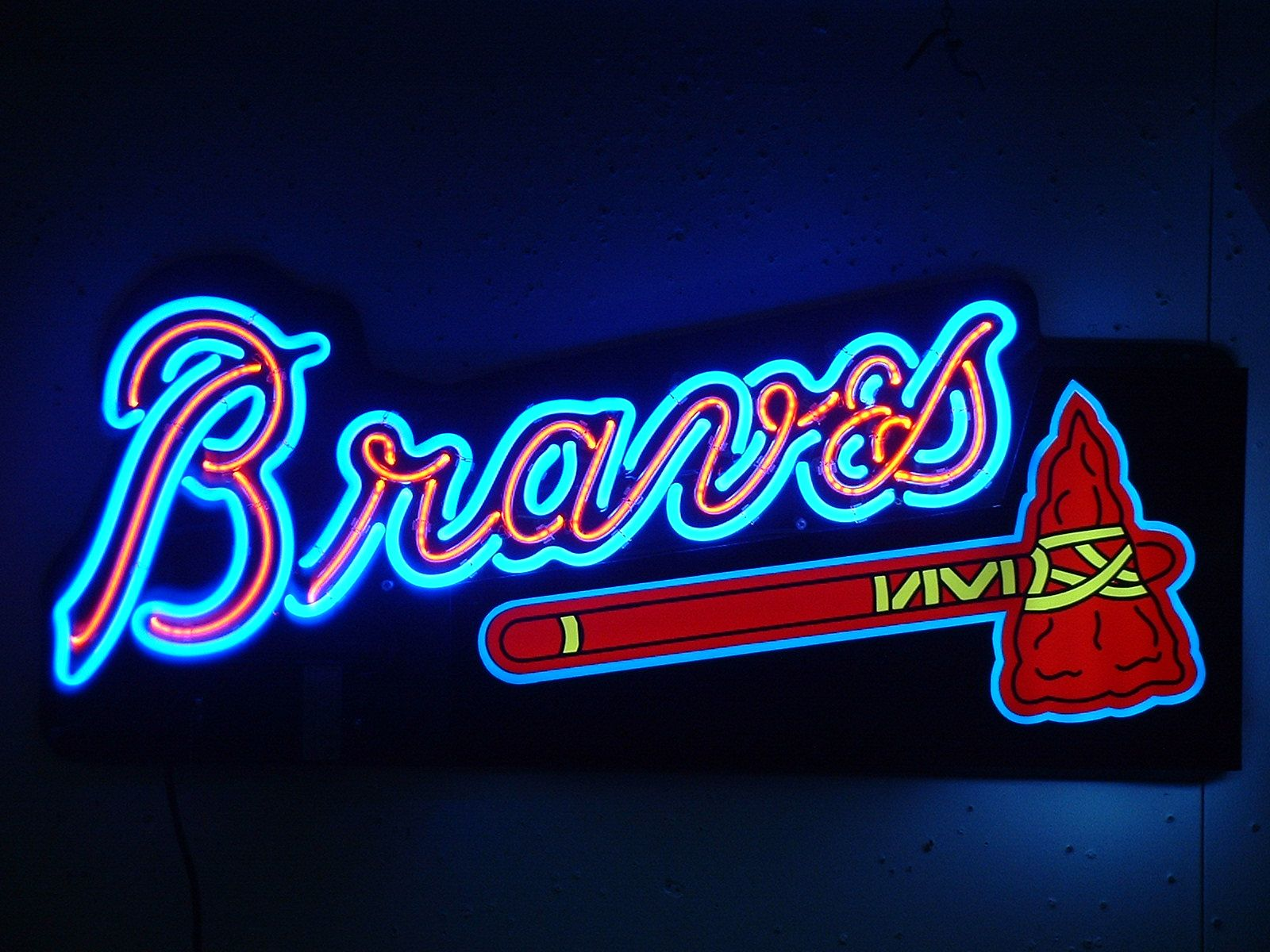Braves Neon Sign In 2020 Neon Signs Custom Neon Signs Neon Signs For Sale
