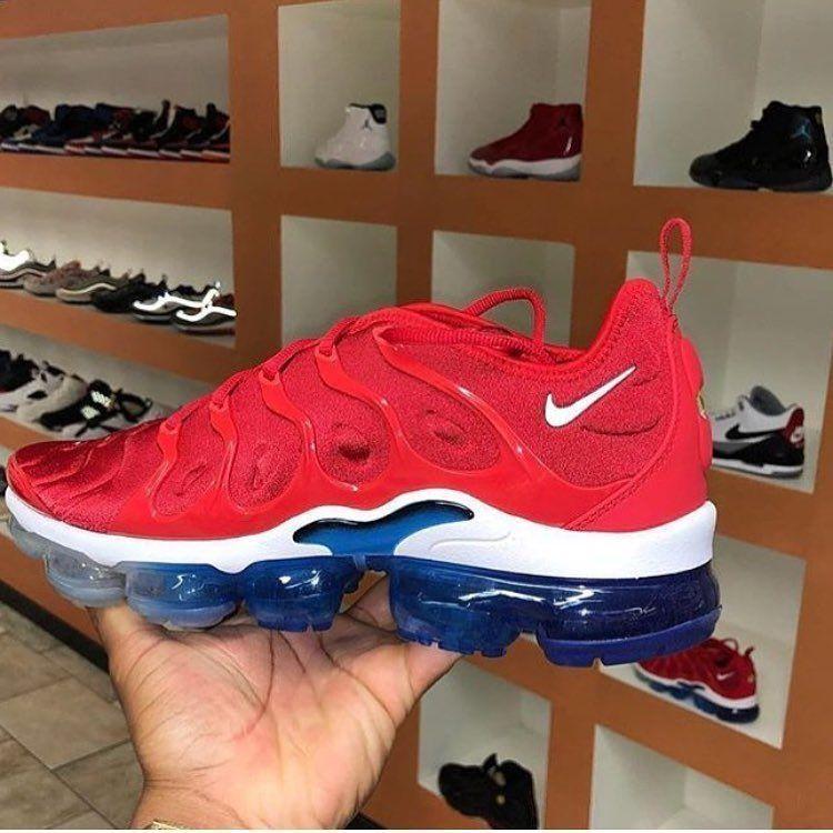 bc7d3cc86d9f2 LANÇAMENTO!! Tênis Nike Air VaporMax Plus USA. 980 reais. Conradoimportados.