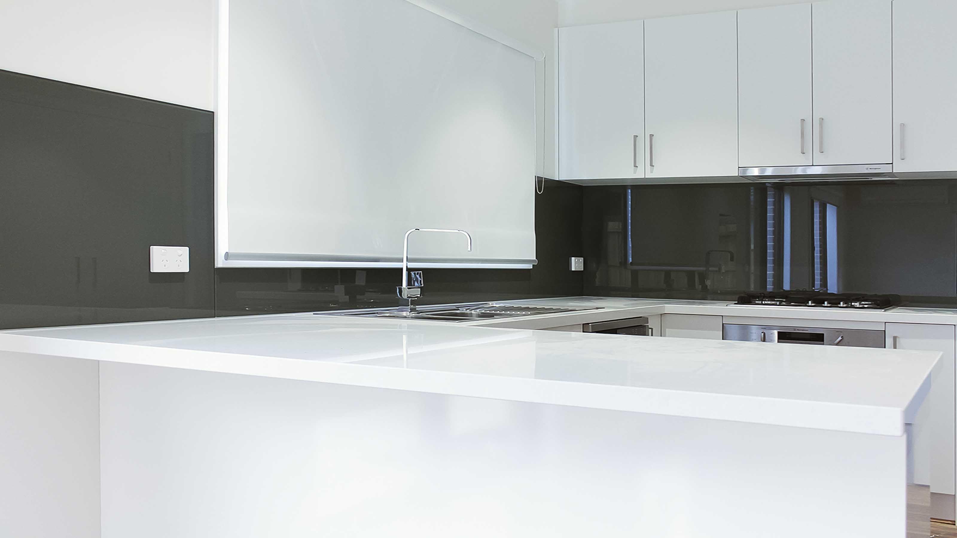 Grey Colour Kitchen Glass Splashbacks - White Stone Bench Top ...