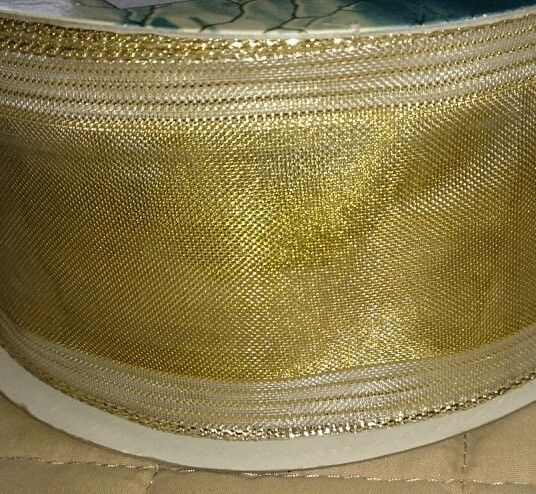 "Wire Edged Ribbon Traditions 2.5"" X 40 yards Gold Striped Birthday Xmas"