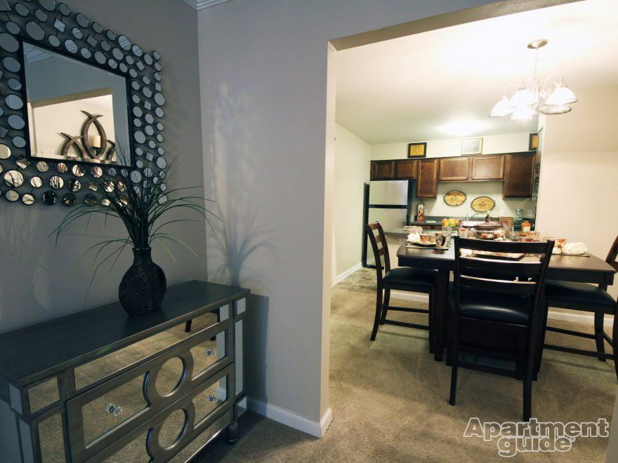 Dining Room Community Emerald Pointe Apartment Homes In Harvey La Neworleans Apartments Amazing Apartments Home Apartment Guide