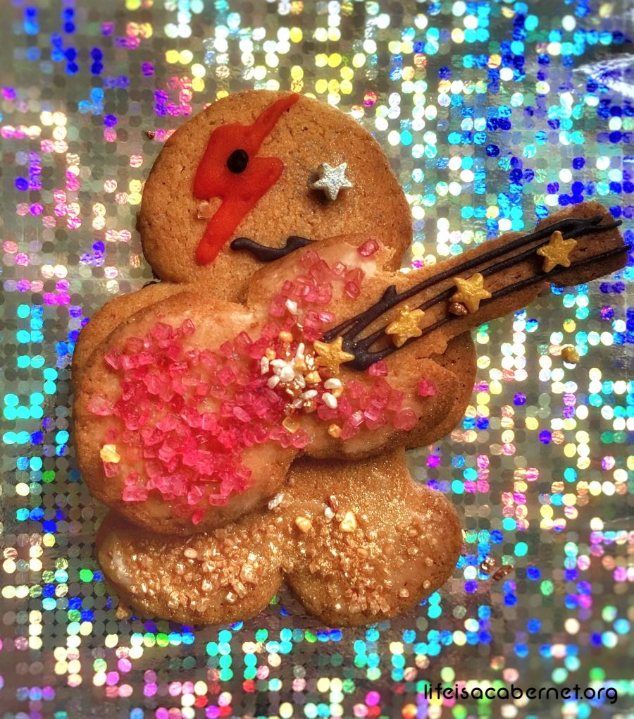 Stick It To The (Gingerbread) Man a School of Rock