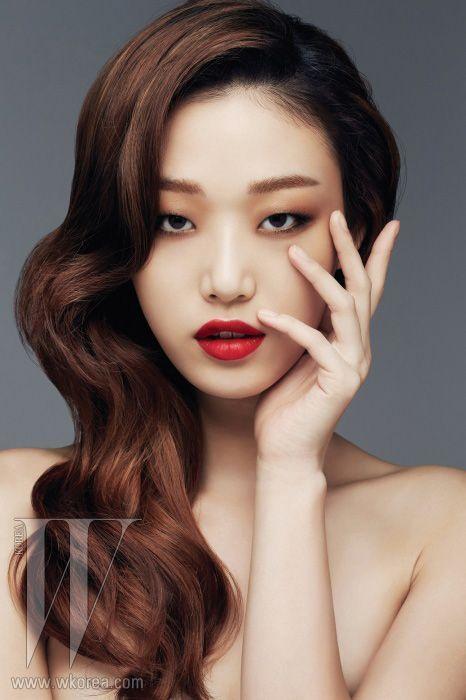 Choi Sora By Eom Samcheol For W Korea Oct 2013 Red Lipstick