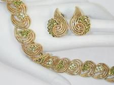 Lisner Vintage Yellow & Olivine Green Rhinestone Gold Swirls Necklace & Earrings