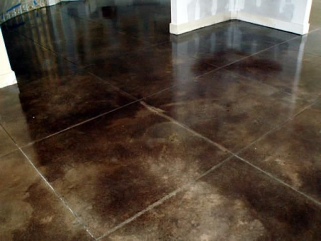 An overview of concrete flooring everything you need to for Can you stain vinyl flooring