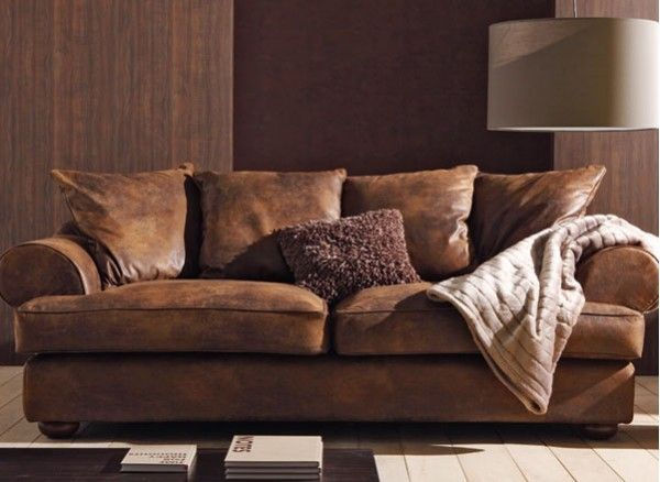 ce canap imite la perfection le cuir lui donnant un aspect confortable et chaleureux. Black Bedroom Furniture Sets. Home Design Ideas