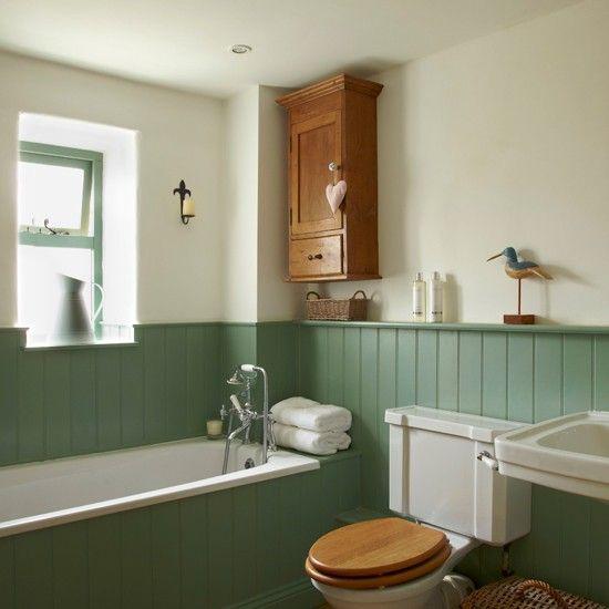 Wood Cladding Bathroom Walls: Bathroom With Floral Wallpaper And Modern Roll-top Bath
